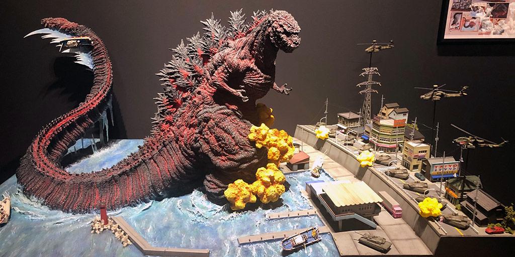 Godzilla attacking Awaji in modern times